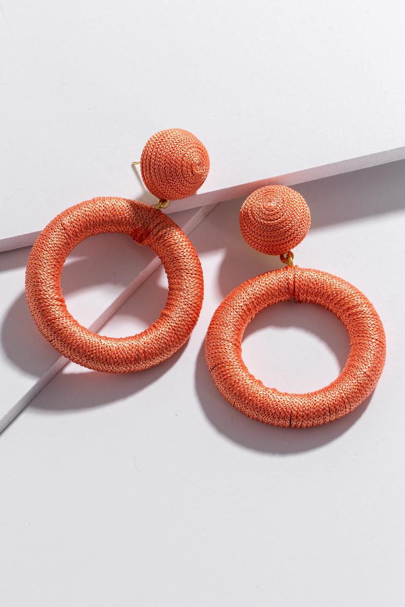 Thread Circle Ear, Coral