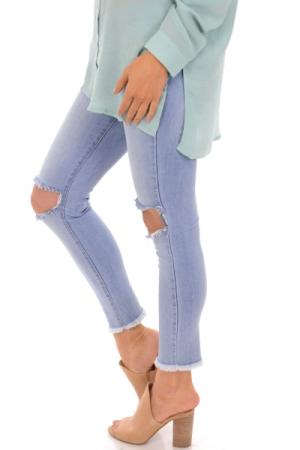 KARLIE Cropped Distressed Jean